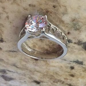 Jewelry - Heart Ring Size 7